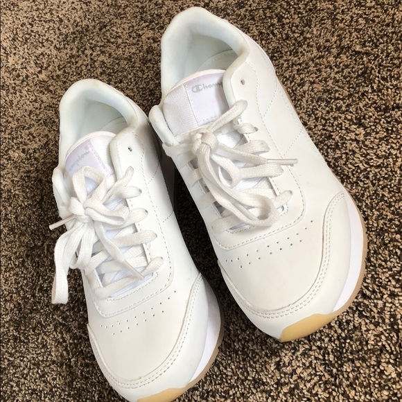 062185702fc Champion Shoes - Champion vintage tennis shoes!